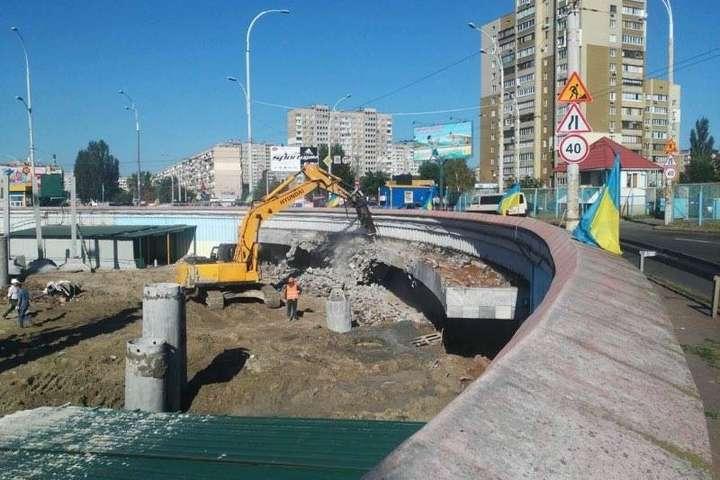Наскандальному будівництві на«Героїв Дніпра» загинув 19-річний робітник