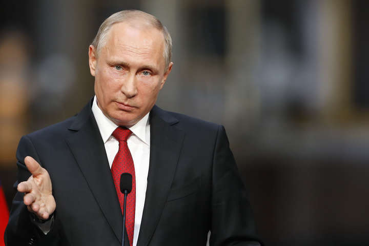 Путін пообіцяв вислати зРФ 755 американських дипломатів