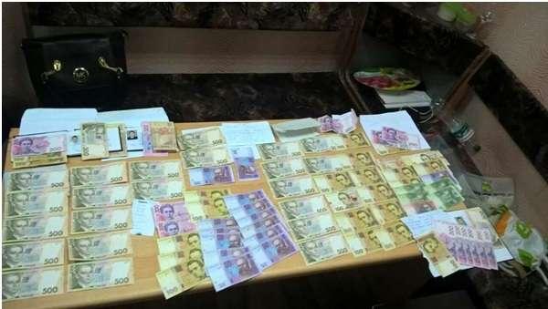 У вищому навчальному закладі Полтави виявлені факти корупції, пов'язані із вступною кампанією