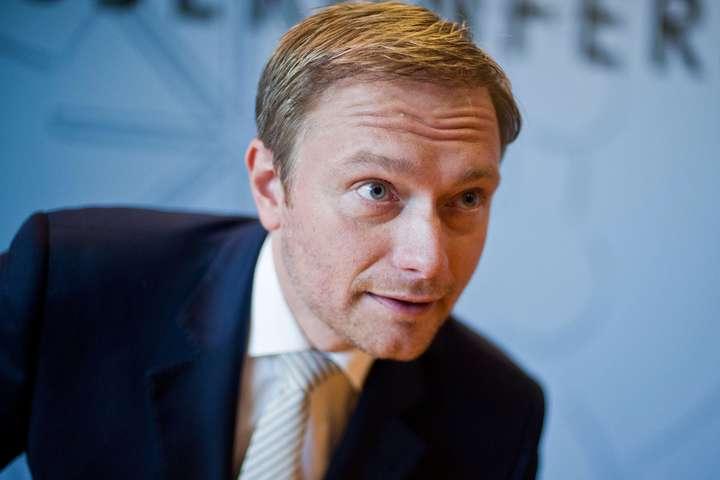 Німецькі ліберали надеякий час запропонували заплющити очі наанексію Криму