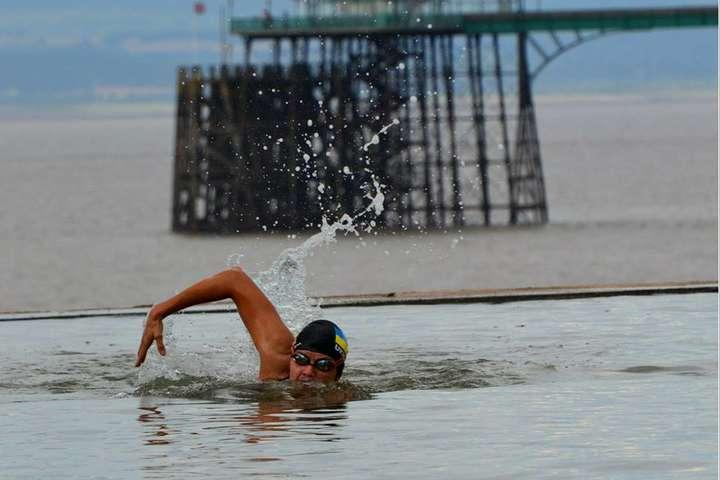 Українка вперше в історії перепливає Ла-Манш