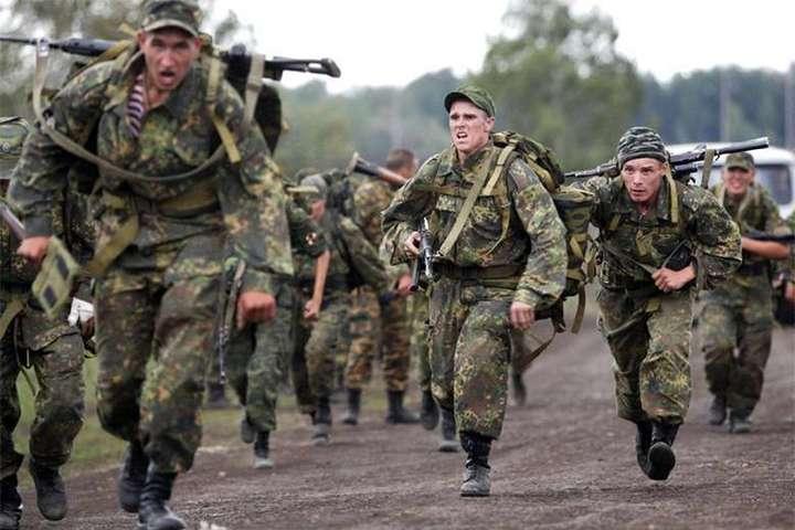 Росія в Білорусі формує наступальне угруповання військ,— Генштаб