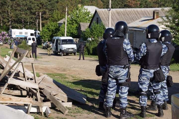 Вокупованому Криму силовики прийшли зобшуками домусульманської родини