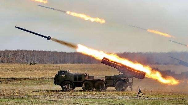 НаДонбасі бойовики «Градами» накрили військових