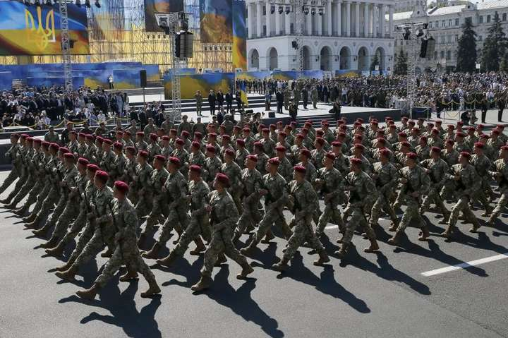 УКиїв на військовий парад завітають 10 міністрів оборони