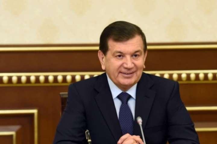 ВУзбекистані скасували дозволи навиїзд зкраїни [ Редактировать ]