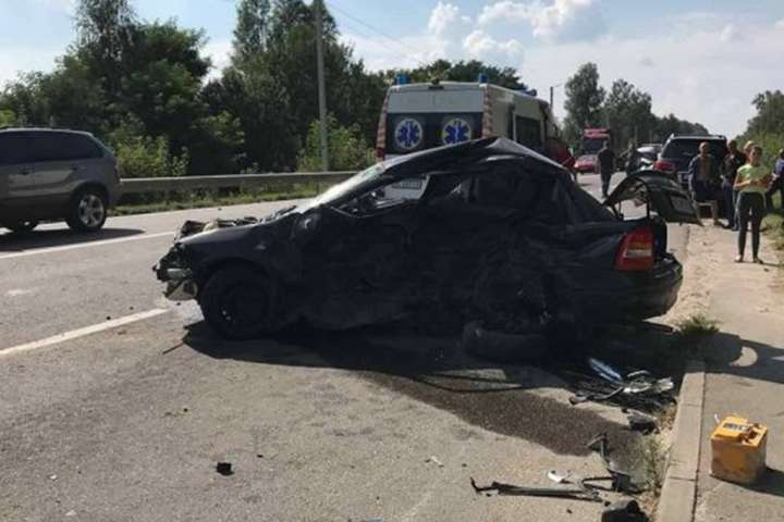 УЛьвівській обл. сталася ДТП, ймовірно, заучастю бізнесмена Димінського, загинула жінка