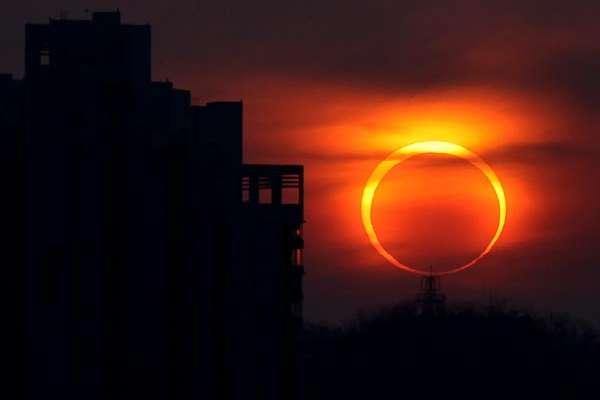 Агентство NASA відправило літаки для стеження за затемненням Сонця