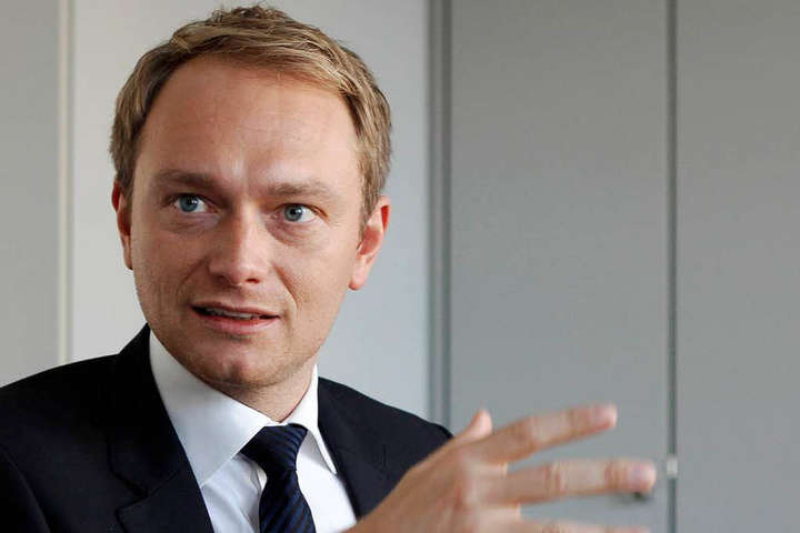 Лідер німецьких лібералів знову закликав «заморозити» суперечку про анексію Криму