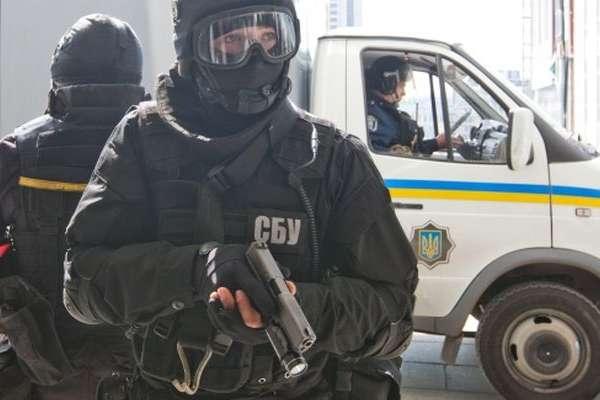 СБУ: Жінка, яку «викрали» вчора уцентрі Києва, є помічницею російського пропагандиста