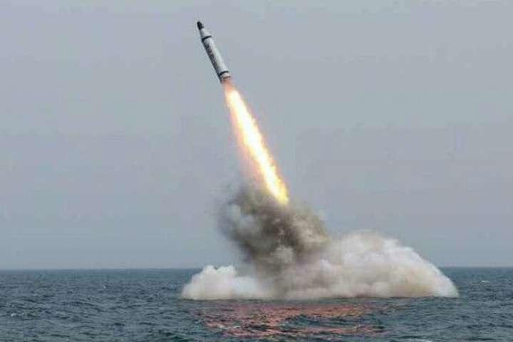 Тіллерсон закликав Росію і Китай виявляти нетерпимість до«безрозсудних» запусків ракет КНДР