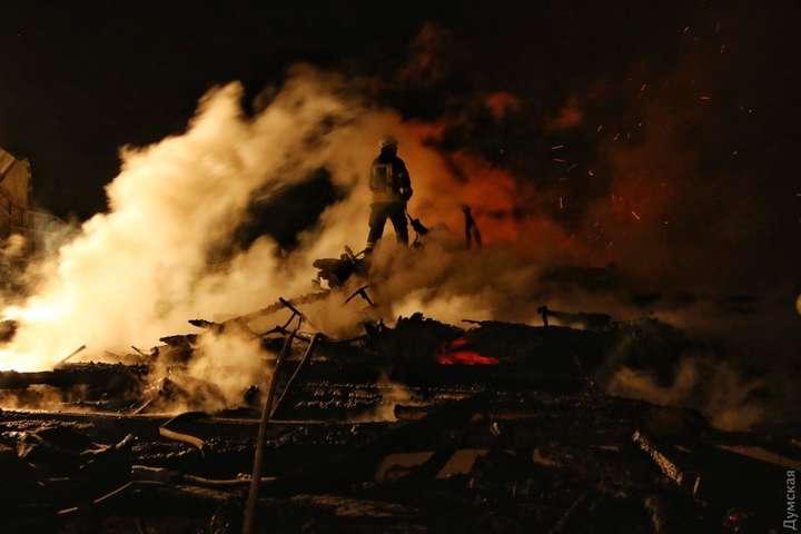 Пожежа водеському таборі: рятувальники шукають загиблих дітей