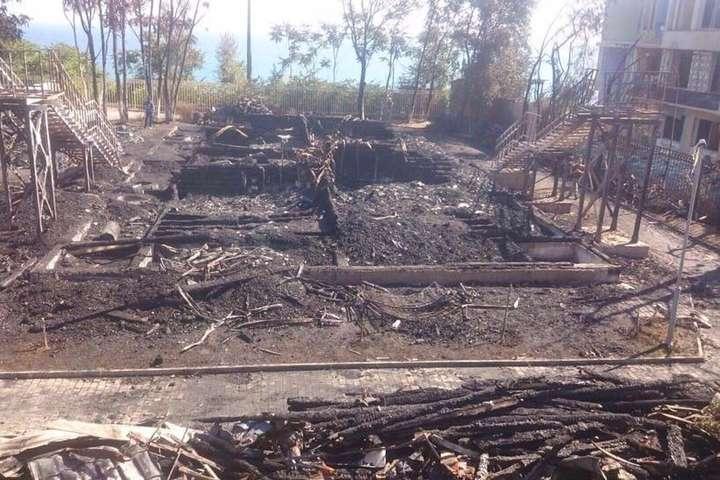 Пожежа в одеському дитячому таборі: знайдено тіло третьої загиблої дитини
