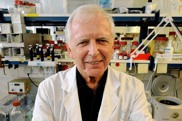 Лауреат Нобелівської премії з фізіології та медицини 2008 року Харальд цур Хаузен