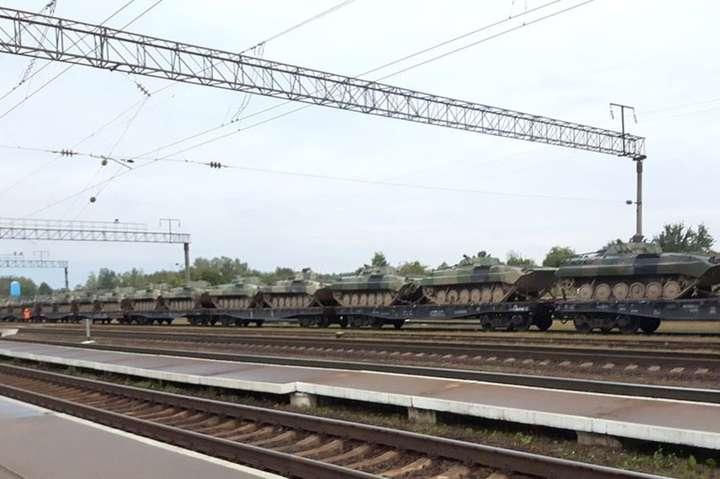 Московія почала виводити військову техніку з Білорусі після навчань «Захід-2017»