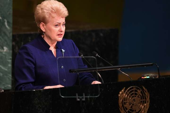 Президент Литви вважає навчання «Захід-2017» репетицією атаки на Захід