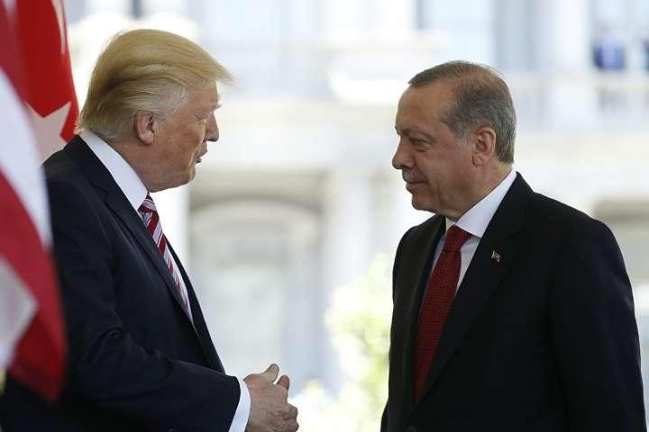 Трамп порозумівся з Ердоганом і назвав його своїм другом