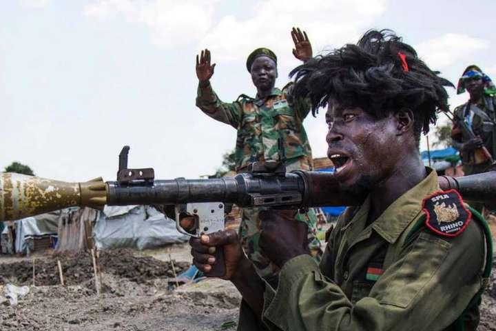Геращенко: Переговори про постачання зброї Південному Судану велися учаси влади Януковича