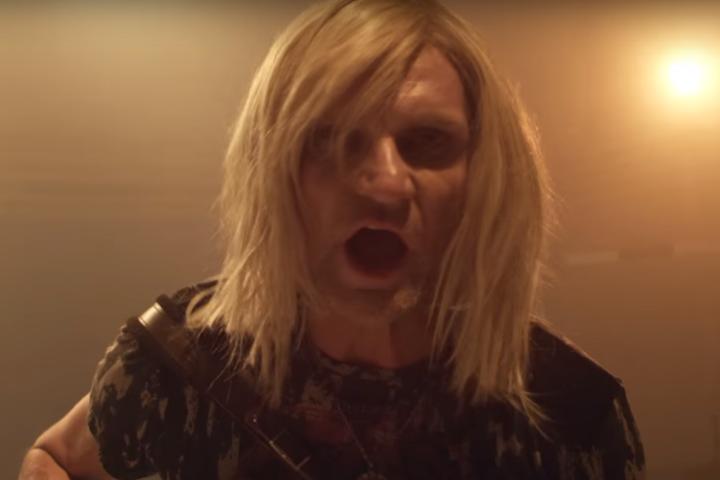 Рокер Олег Скрипка взорвал сеть клипом в стиле Nirvana