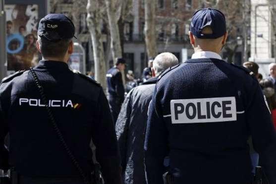 Цивільна гвардія Іспанії конфіскувала виборчі бюлетені і урни для каталонського референдуму
