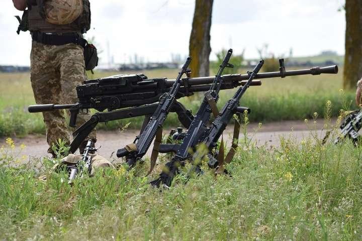 Заминулу добу бойовики 14 разів порушували перемир'я, загинув 1 український солдат