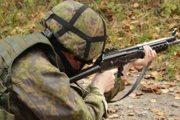 WSJ: Хакери зРосії атакували смартфони військових набазах НАТО
