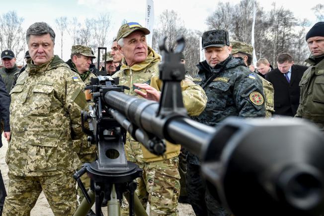 Як будуть повертати Донбас? Основні тези нового плану Порошенка — Як будуть повертати Донбас? Основні тези нового плану Порошенка