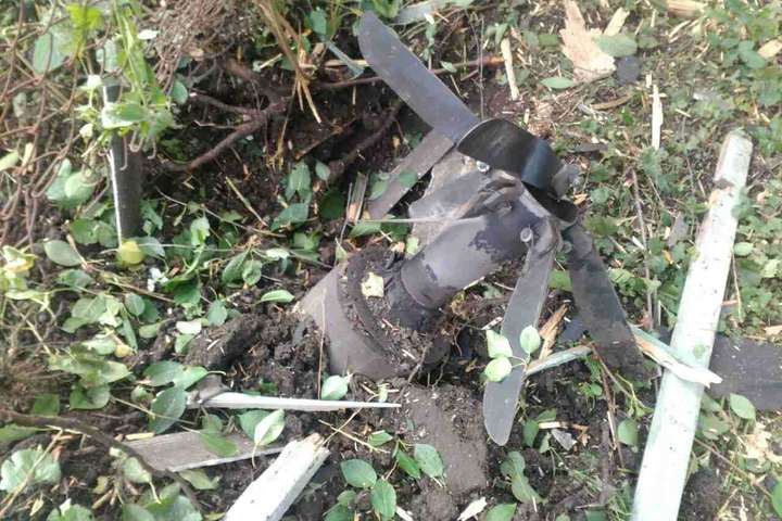 Вибухонебезпечний снаряд з військового складу