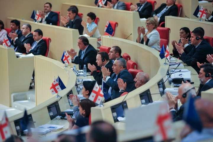 Парламент Грузії подолав вето Маргвелашвілі: Країна стає парламентською