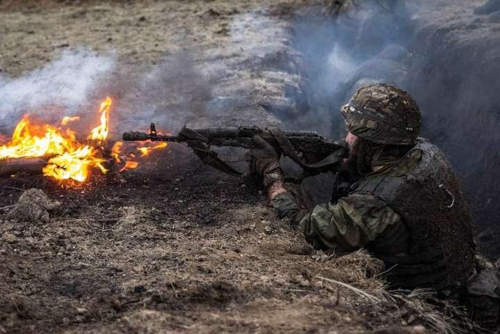 Найбільше обстрілів налуганському напрямку, поранено українського військового— АТО