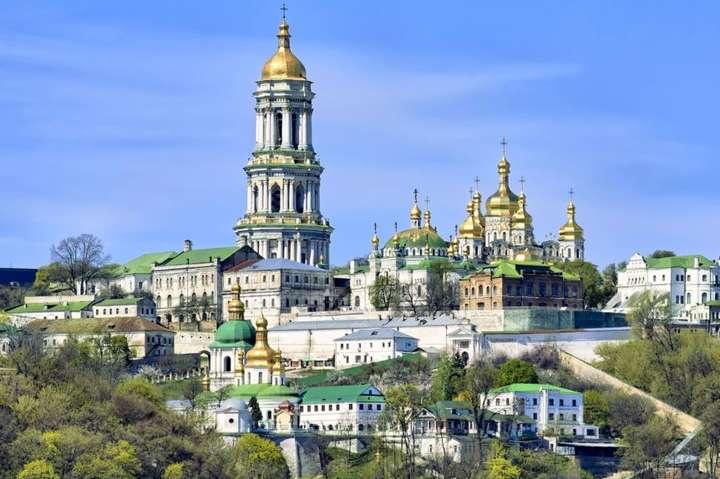 Українські чиновники, які втекли на Московію, готують провокації проти церков УПЦ МП, - СБУ