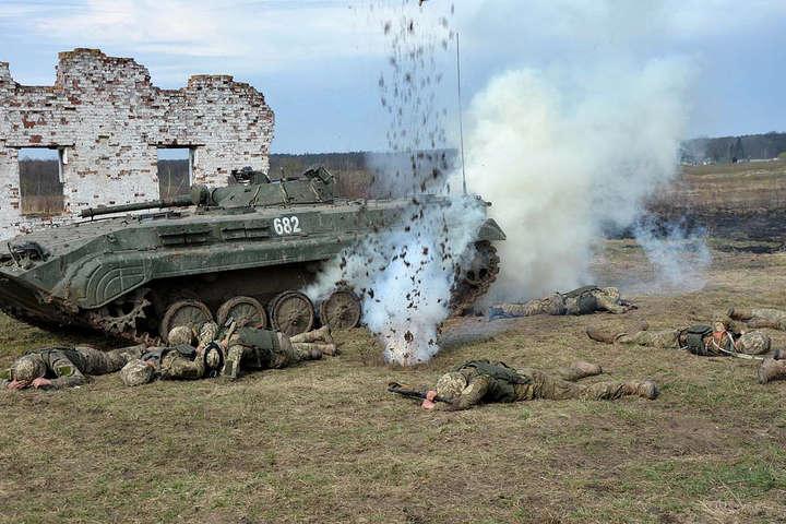 Доба взоні бойових дій наДонбасі: 21 обстріл тапоранений військовий