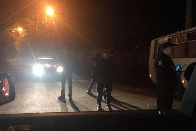Нардеп: Дорезиденції Порошенка під Києвом стягнули силовиків
