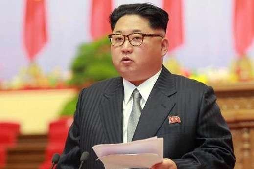 Втікач із КНДР: Під дією санкцій режим у Пхеньяні не протримається і року