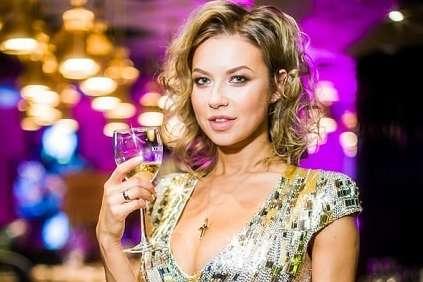 Супруга Дмитрия Ступки считает, что вУкраине два государственных языка