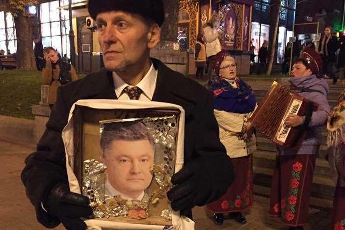 Не уявляю українську матір, яка втратила на Донбасі сина, в Російській православній церкві, - Порошенко - Цензор.НЕТ 3768