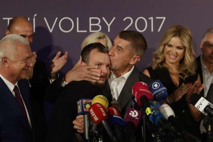 Навиборах уЧехії перемогла партія мільярдера