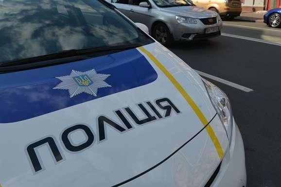 Суд відсторонив патрульного, який зупинив авто п'яного екс-полковника