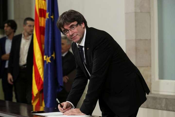 Влада Каталонії заявила, щонебуде виконувати накази Мадрида