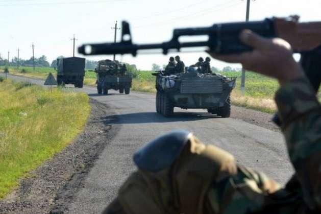 Уперестрілці збойовиками поранено українського солдата