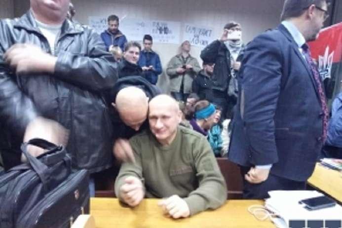 Коханівського доправили уСвятошинський районний суд Києва після медичного обстеження