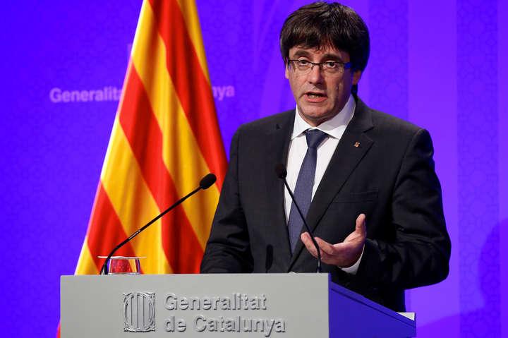 Мадрид офіційно позбавив повноважень уряд Каталонії і призначив главу регіону