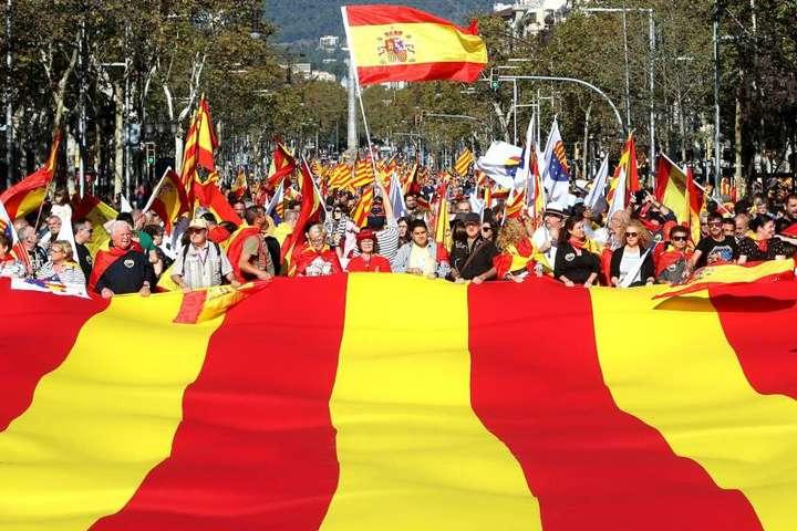Прем'єр Іспанії розпустив парламент Каталонії таоголосив нові вибори
