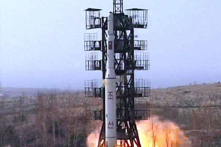 Столтенберг: Країни НАТО перебувають узоні досяжності ракет КНДР