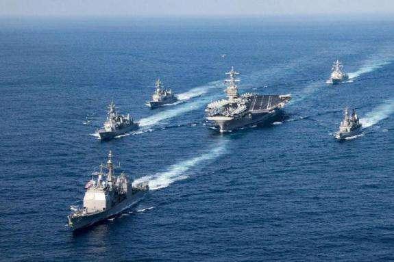Американські авіаносці з'явились біля Корейського півострова: опубліковане видовищне відео