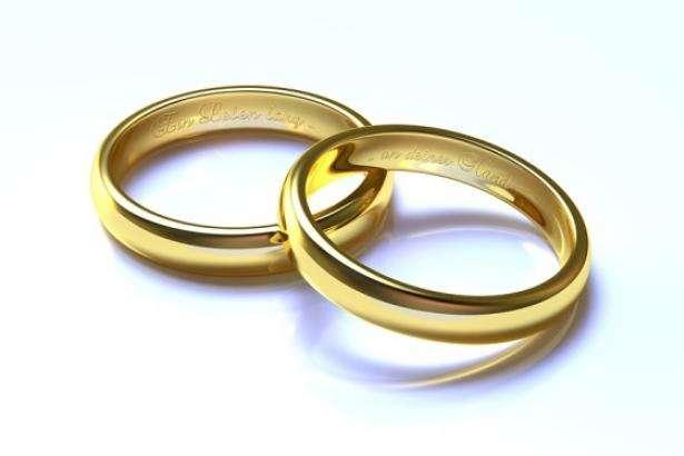 «Закосити від армії»: у Вінниці юнак одружився на85-річній бабусі