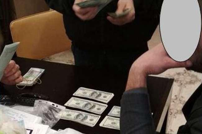УМиколаєві керівник держпідприємства виводив мільйони збюджету через «конвертцентр»