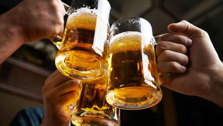 Антимонопольний комітет почав розслідування злиття в Україні найбільших світових пивоварів