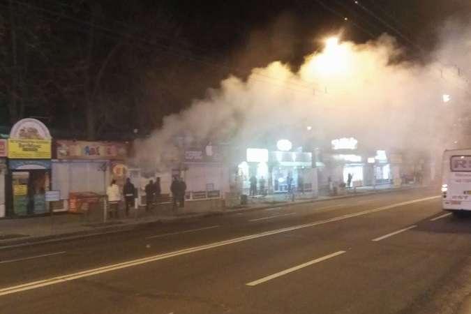 Погром настоличних Нивках: затримано близько 30 осіб