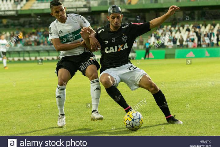 «Шахтар» таки підпише 19-річного бразильського захисника «Курітіби»